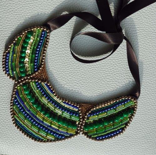collar babero greta en verdes